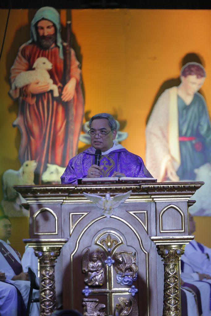 Rector invites community to remember and anticipate in Paskuhan 2019 homily