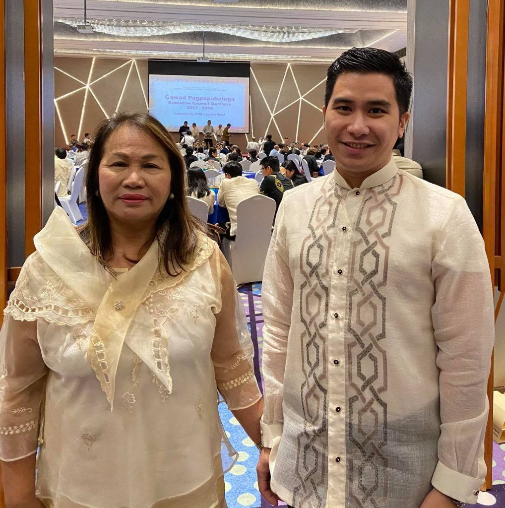 Reyes, De Castro of Filipino elected to NCCA nat'l committee on language and translation