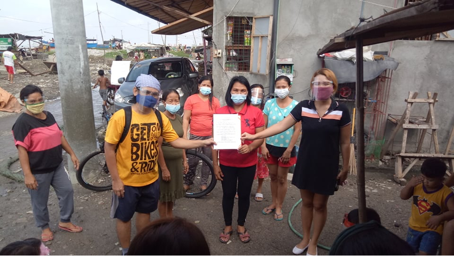 Women's group of Baseco Compound now a community partner of Artlets, Simbahayan