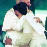 19810218 UNIV - John Paul II Hugging Henry Tenedero